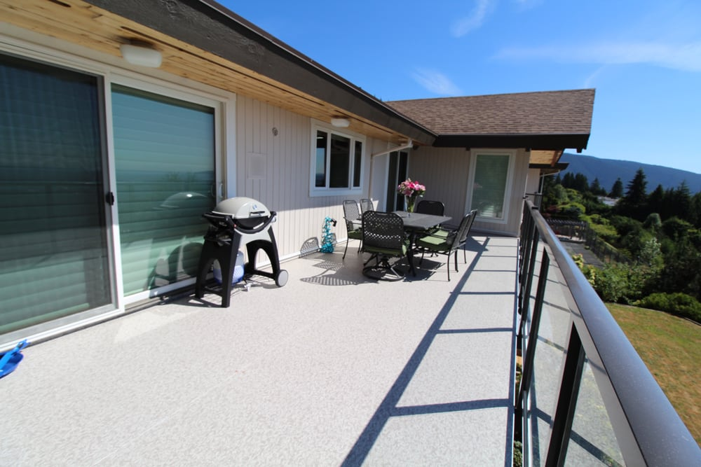 Vinyl Deck Installation West Vancouver | Citywide Sundecks and Railings