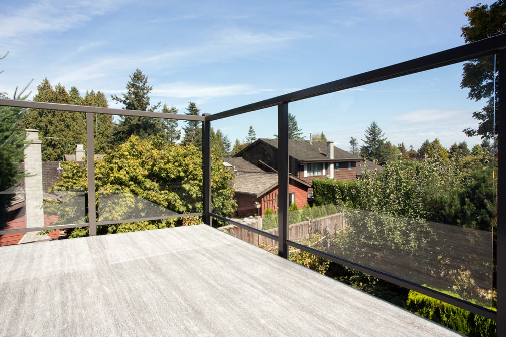 custom railings, aluminum picture frame and glass | Citywide Sundecks and Railings