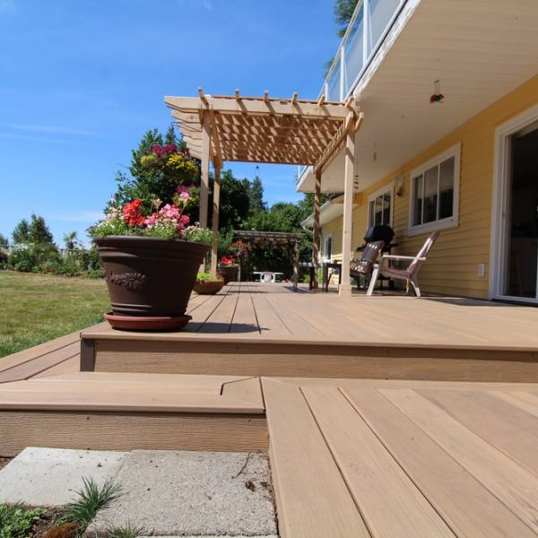 Fraser Valley composite installer | Citywide Sundecks and Railings
