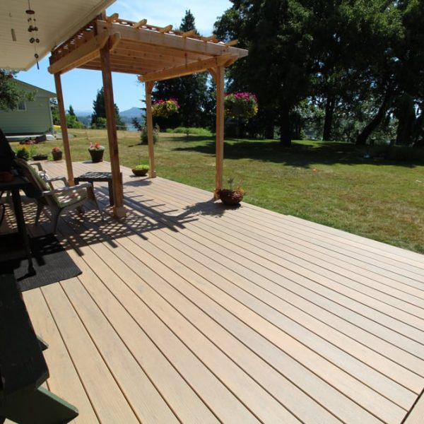 Professional decks - composite maple ridge | Citywide Sundecks and Railings