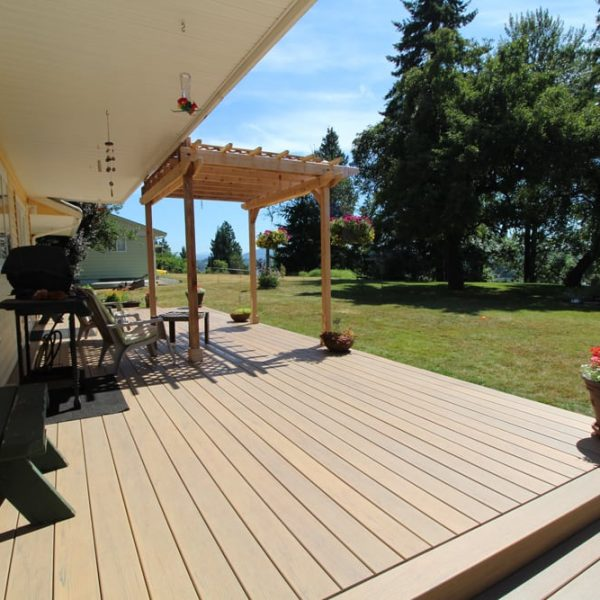 Maple Ridge Composite Decking Installer | Citywide Sundecks and Railings