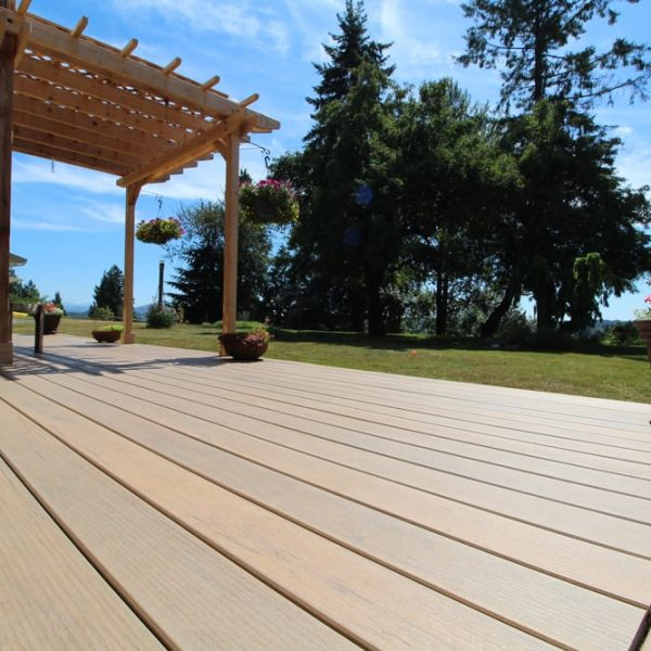 composite deck installer | Citywide Sundecks and Railings