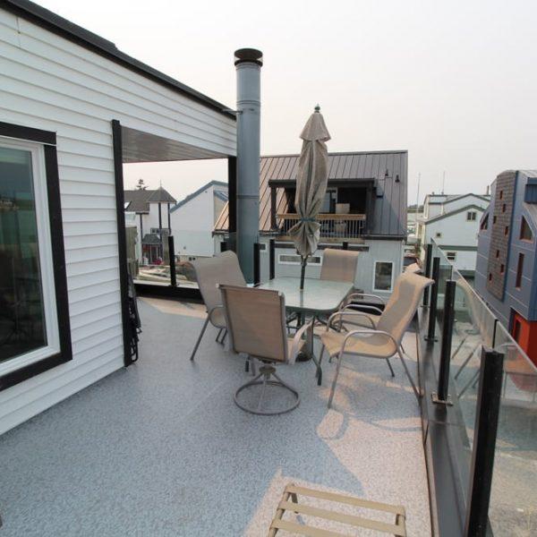 Roof deck repair and waterproofing | Citywide Sundecks and Railings