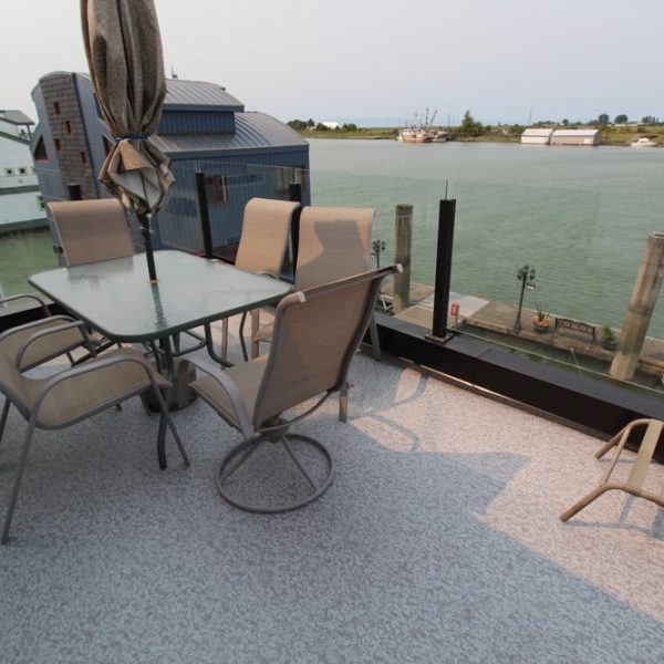 roof deck installation Delta | Citywide Sundecks and Railings