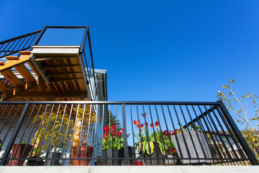 custom aluminum railings wide picket | Citywide Sundecks and Railings