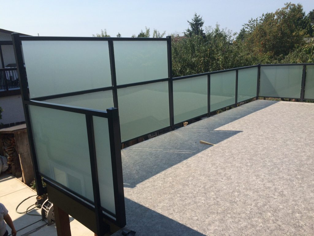 Glass Railings, Side Mount, Standart Top, Satin Etch, Privacy Wall and Railing | Citywide Sundecks