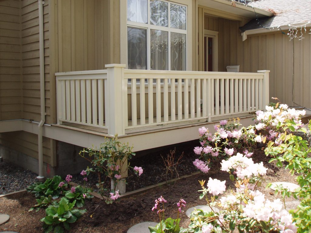 Imitation Wood Railings, Aluminum Post Railings | Citywide Sundecks and Railings
